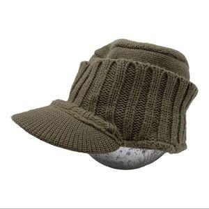 AMERICAN EAGLE Knit Train Driver Hat
